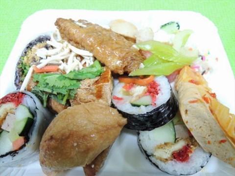 餐厅 新北/基隆 中和区 观音素食欧式自助餐 食评 中和庙口《观音素食