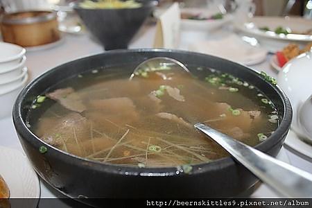 手绘鱼塘汤