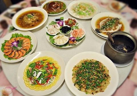 餐厅 台中 西屯区 鱼人船钓海鲜餐厅 食评 十人份澎派年菜整桌只要$