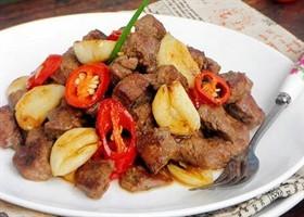 蒜香牛肉粒