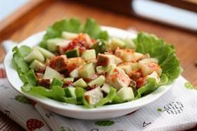 泰式雞肉蜜桃沙拉