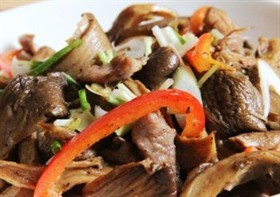 肉片雞肉絲菇
