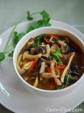 酸辣蘑菇湯