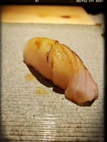 右口魚壽司